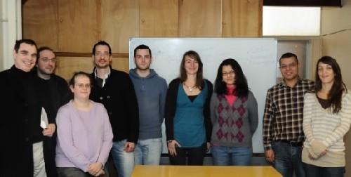 Equipe du laboratoire GBA (Cnam): De gauche à droite : Jean-François Zagury, Matthieu Montes, Hélène Guillemain, Jean-Louis Spadoni, Vincent Laville, Nathalie Lagarde, Nesine Ben Nasr, Taoufik Labib, Sigrid Le Clerc
